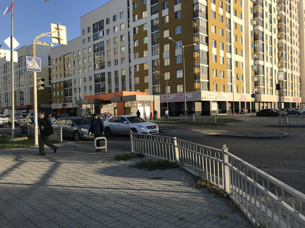 Нет разметки на перекрёстке ул.П.Шаманова-А.Мехренцева