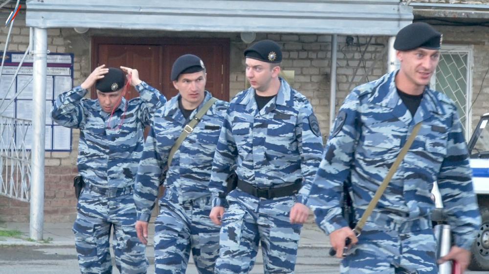 ОМОН в Нижних Сергах.