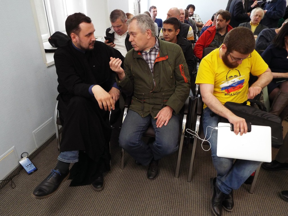 Ф.Ривкин (в центре), facebook/Viktor Norkin