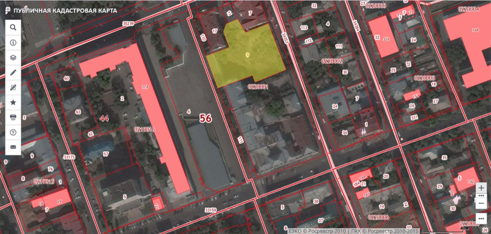 Rosreestr.ru screenshot, the pit is indicated with yellow. There are no objects around it that are marked with red, e.g. buildings that have no foundations.